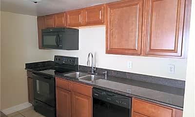 Kitchen, 2114 SW 7th Pl B, 0