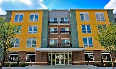 Victory Square Apartments, 1
