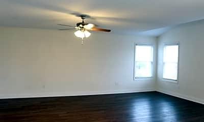 Living Room, 302 Triple Crown Way, 1