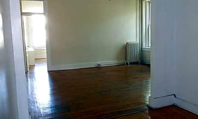 Living Room, 2936 St Paul St, 2