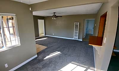 Living Room, 712 Arville Ave, 1