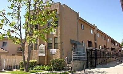 Building, 917 Enterprise Ave, 1