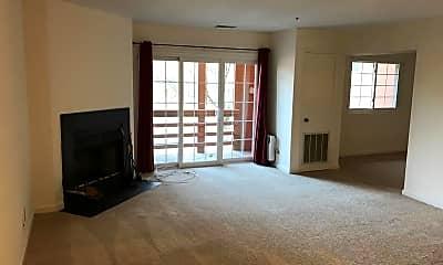 Living Room, 4952 Columbia Rd 513, 1