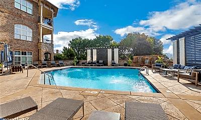 Pool, 625 Piedmont Ave NE, 1