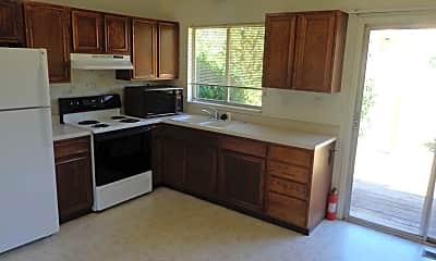 Kitchen, 4460 Beaumont Rd, 1