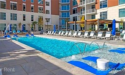 Pool, 4425 Sharon Rd, 1