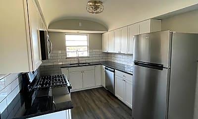 Kitchen, 5602 N High St, 1