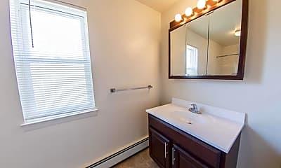 Bathroom, Laurel Run Village, 2