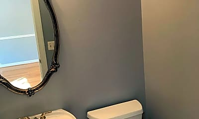 Bathroom, 3524 Rapid Ln, 2