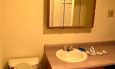 Bathroom, 935 Vilas Ave, 2
