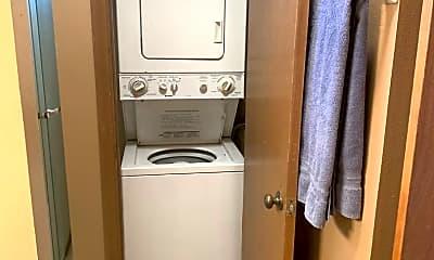 Bathroom, 412 Kinaole Cir, 2
