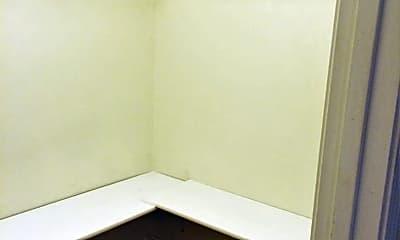 Bedroom, 1000 Lakewood Dr, 2