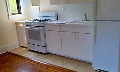 Kitchen, 10 Wright Pl C6, 1