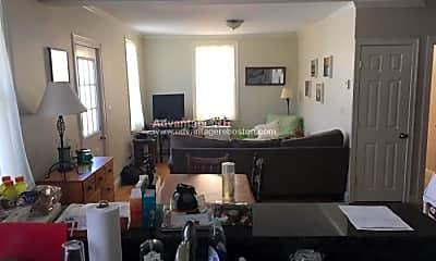 Living Room, 105 5th St, 1