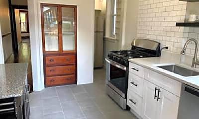 Kitchen, 1827 W Patterson Ave, 2