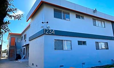 Building, 1234 W 37th Pl, 0