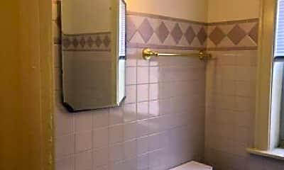 Bathroom, 8153 S Maryland Ave, 0
