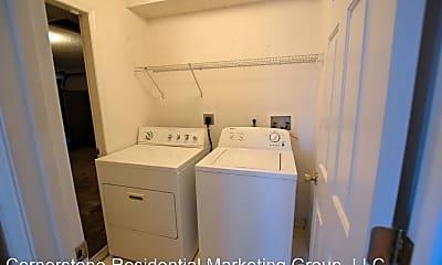 Bathroom, 875 W Gaucho Cir, 2