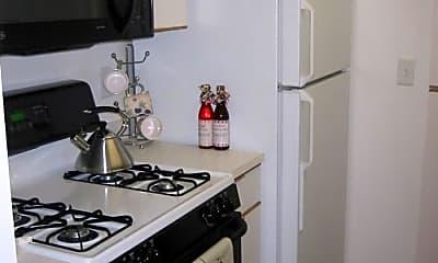 Kitchen, 98 Sherman Rd, 1