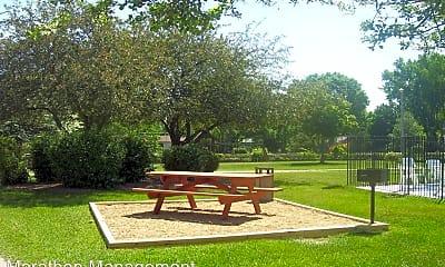 Patio / Deck, 8221 Riverview Ln, 2