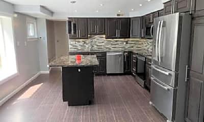 Kitchen, 4020 Taylor Dr, 2