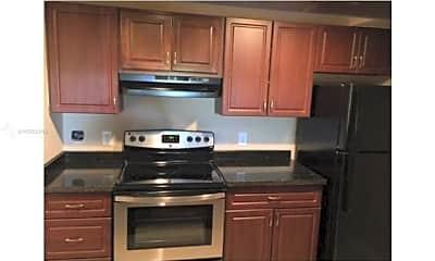 Kitchen, 12106 St.Andrews Pl, 0