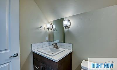 Bathroom, 1810 S Grant Ave, 2