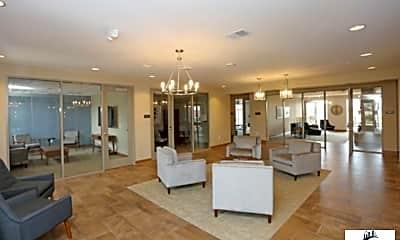 Living Room, 2800 Howard Commons, 2