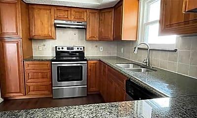 Kitchen, 815 W Rochelle Rd, 1