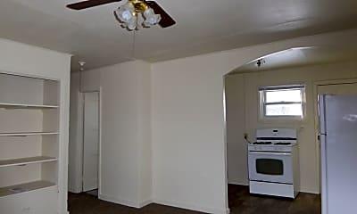 Bedroom, 1001 E Voorhees St, 2