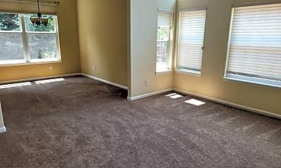 Living Room, 9277 Mountain Brush Trail, 2