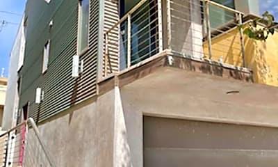 Building, 237 Highland Dr, 1