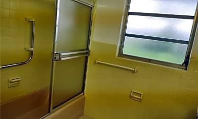 Bathroom, 2903 Webber St, 2