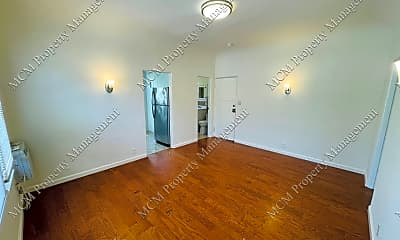 Living Room, 6642 Fountain Ave, 1