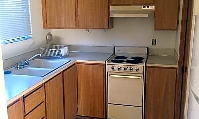 Kitchen, 26 NE Dogwood St, 1