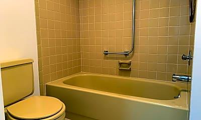 Bathroom, 92 Manchester Ct, 2