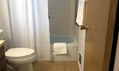 Bathroom, 69 Vichy Dr, 2