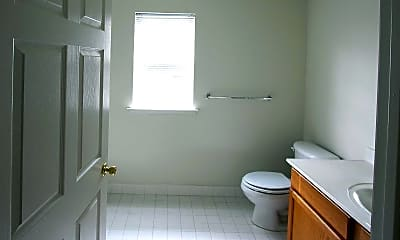 Bathroom, Camelot at Woodfield, 2