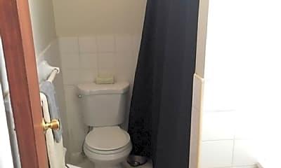 Bathroom, 219 Sullivan Pl, 2