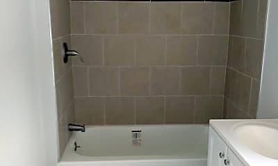 Bathroom, 1520 Arrott St 3RD, 2