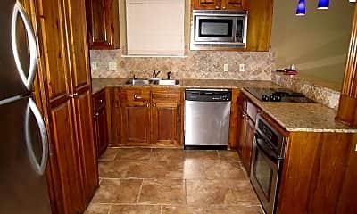 Kitchen, 1290 Park Blvd, 0