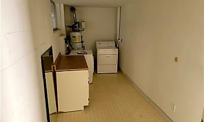 Kitchen, 18550 Hatteras St 17, 2