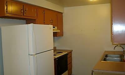 Kitchen, 7948 Stockbridge Dr, 2