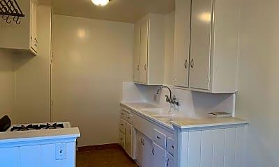 Bathroom, 10834 Bloomfield St, 2