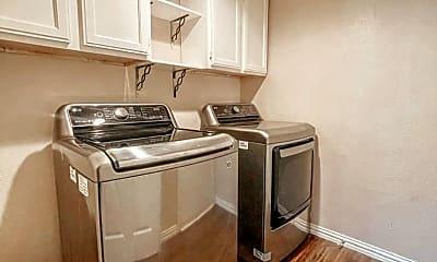 Kitchen, 4142 Heartstone Dr, 2