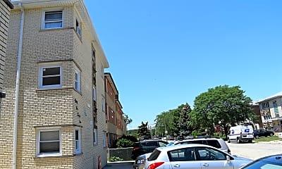 8529 W Catalpa Ave 2N, 2