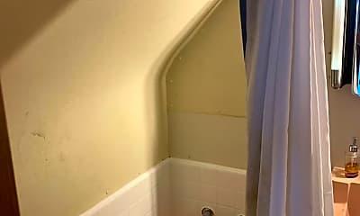 Bathroom, 405 W Hill St, 2