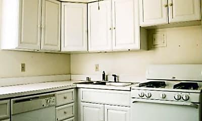 Kitchen, 6401 Alamo Ave, 1