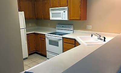 Kitchen, 211 Ashworth Dr, 2