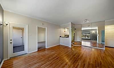 Living Room, 2207 S Braeswood Blvd 42C, 1